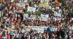 Manifestación por la caza y la pesca en Córdoba
